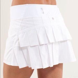 NWT Lululemon White Pace Setter Skirt | Size 4 Reg